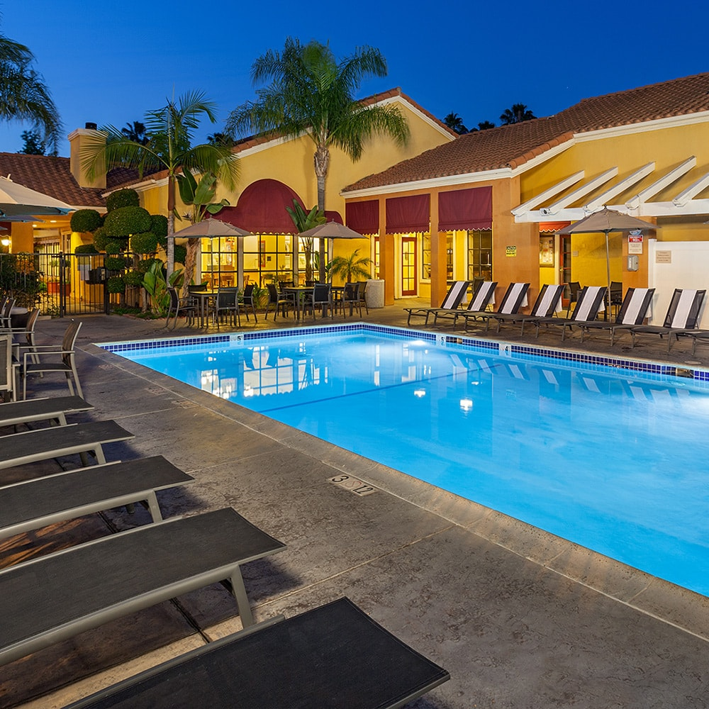 Swimming Pool Hotel Anaheim