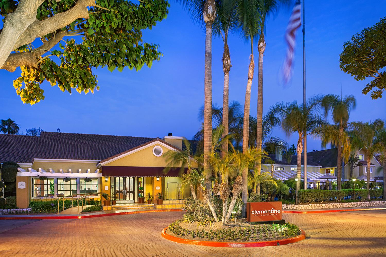 Clementine Hotel & Suites - Anaheim Hotel Near Disneyland CA